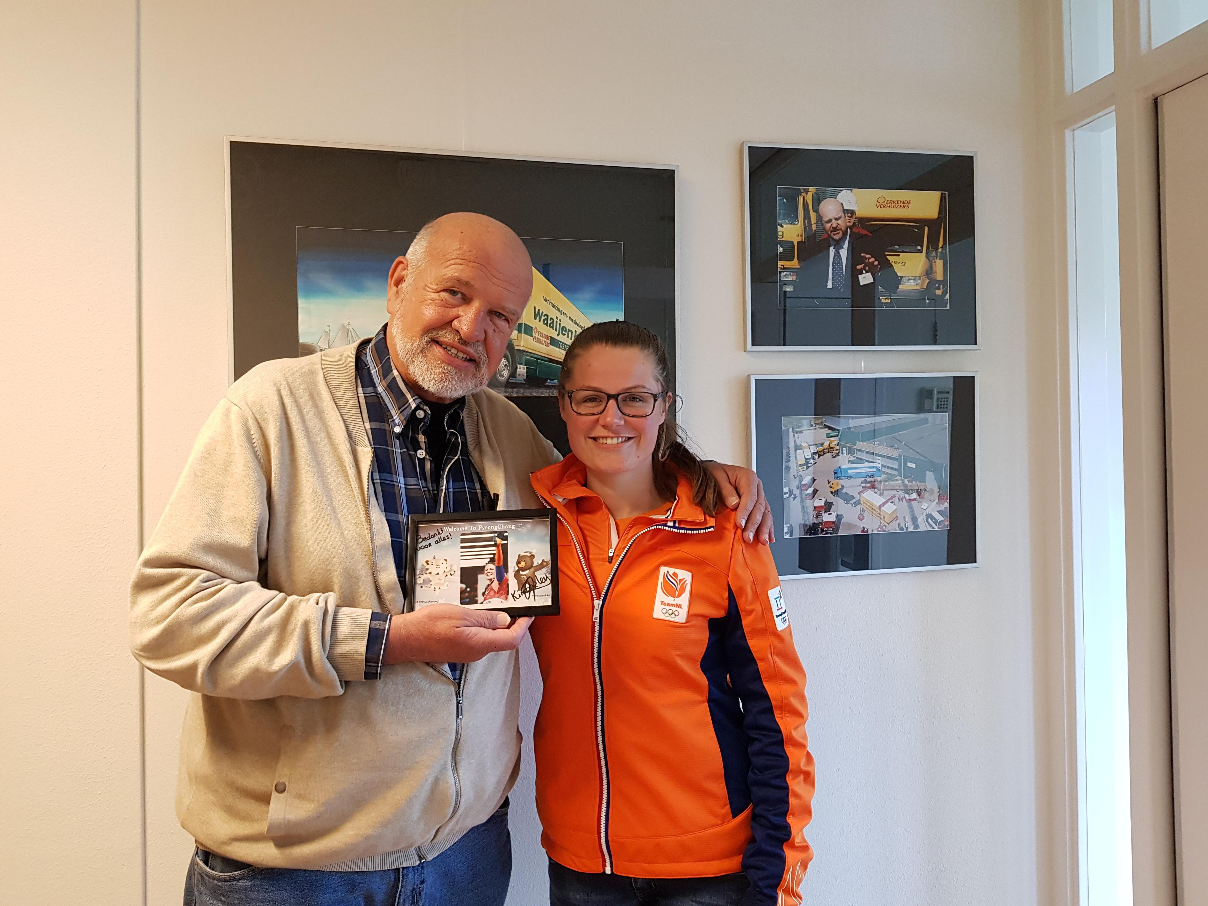 Mondial Waaijenberg Verhuizers Sponsor van skeleton atlete Kimberley Bos