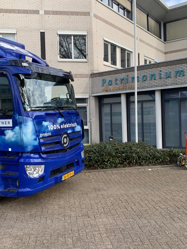Zero emissie! Kantoorverhuizing Patrimonium Woonservice 100% elektrisch uitgevoerd door Mondial Movers Waaijenberg Groep